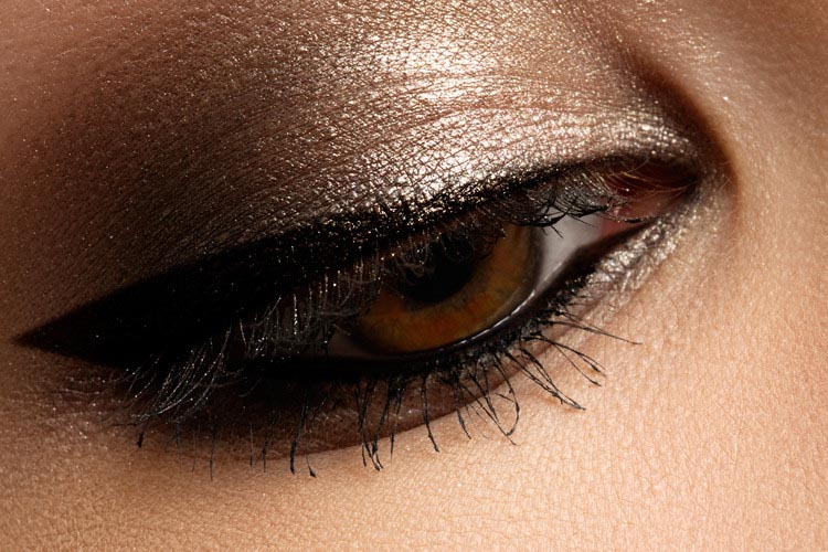 13-Amazing-Makeup-Tips-for-Brown-Eyes-7