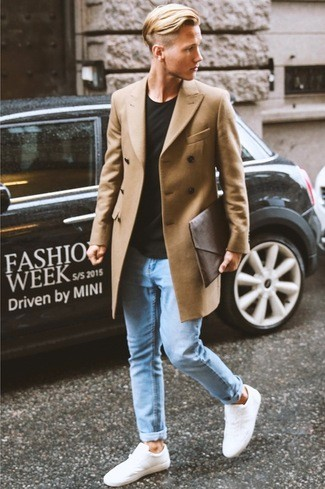 How To Wear a Camel Overcoat With a Black Crew-neck T-shirtt