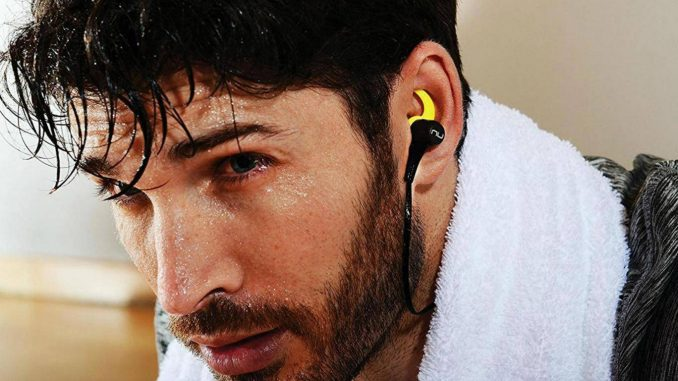 13 best wireless in-ear headphones featured image
